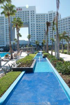 The all-new all inclusive resort Riu Palace Peninsula in Cancun, Mexico! #allinclusiveresorts