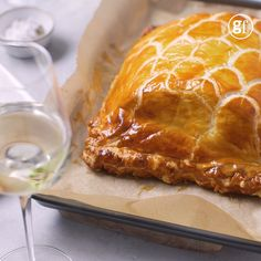 Take salmon en croûte to chef standard. Succulent salmon cream cheese and dill are encased in crisp puff pastry with a pickled cucumber side Salmon Pie, Salmon Dishes, Fish Dishes, Cream Cheese Salmon, Baked Salmon Recipes, Fish Recipes, Seafood Recipes, Cooking Recipes, Japanese Recipes