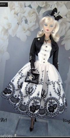 Barbie Silkstone Vintage Royalty