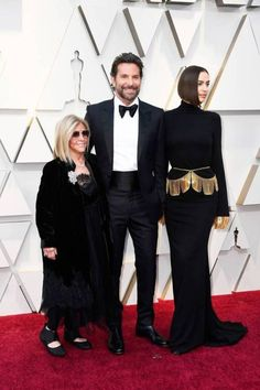 Bradley Cooper Brings Irina Shayk & His Mom as His Oscars 2019 Dates!: Photo Bradley Cooper poses on the red carpet with two very special ladies at the 2019 Academy Awards on Sunday (February at the Dolby Theatre in Los Angeles. Jennifer Hudson, Jennifer Lawrence, Irina Shayk, Constance Wu, Giuliana Rancic, Amy Poehler, Christian Siriano, Modelo Ashley Graham, Red Carpet Dresses