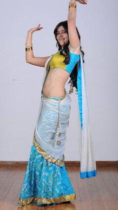 Indian Actress Hot Pics, South Indian Actress, Beautiful Indian Actress, Beautiful Saree, Actress Photos, Samantha In Saree, Samantha Ruth, Hottest Models, Hottest Photos