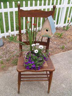 Cute chair idea/Birdhouse.