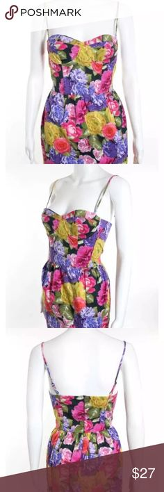TOPSHOP dress spaghetti strap size 6 zip back Sleeve: Sleeveless  Neckline: Sweetheart Neckline  Print: Floral  Embellishment: None  Pockets: None  Closure: Zipper Back  Accessories: None  Size: 6  Color: Pink, Purple, Yellow, Green  Lining: Partially Lined  Fabric: 99% Cotton, 1% Elastane Shell, 100% Acetate Lining  PRE-OWNED:  Very Good Condition  No Significant Flaws or Wear  Come from free smoke and free pets home.  Feel free to contact. TOPSHOP Dresses Midi