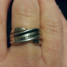 Vintage 70s Twisted Silver Band Ring