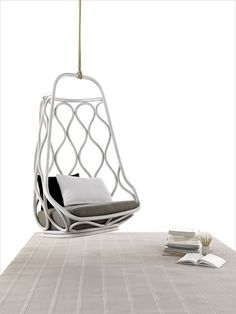 The Náutica Hanging Chair by Mut Design for Expormim.