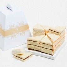 Pain surprise Plus Pain Surprise, Cocktails, Tea Sandwiches, Tupperware, Decorative Boxes, Place Card Holders, Dalloyau, Bread, Birthday