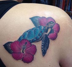 Turtle and Hibiscus Tattoo Designs Hawaiian Turtle Tattoos, Hawaiian Sea Turtle, Hawaiian Art, Baby Tattoos, Flower Tattoos, Tatoos, Infinity Tattoo With Feather, Turtle Tattoo Designs, Hibiscus Tattoo