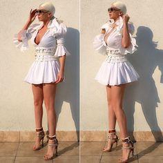 Jelena Karleusa Sexy Dresses, Vintage Dresses, Nice Dresses, Rush Outfits, Frou Frou, Milena, Fashion Stylist, Fashion Outfits, Womens Fashion