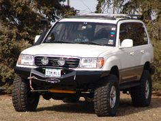 Land Cruiser 200 off road 2000 100 Series Landcruiser, Landcruiser 100, Toyota 4x4, Toyota Trucks, Suv Trucks, Carros Toyota, Toyota Land Cruiser 100, Suv 4x4, Expedition Vehicle