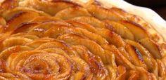 Top half of apple rose pie