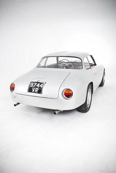 1960 Lancia Flaminia Sport Zagato ✏✏✏✏✏✏✏✏✏✏✏✏✏✏✏✏ AUTRES VEHICULES - OTHER VEHICLES ☞ https://fr.pinterest.com/barbierjeanf/pin-index-voitures-v%C3%A9hicules/ ══════════════════════ BIJOUX ☞ https://www.facebook.com/media/set/?set=a.1351591571533839&type=1&l=bb0129771f ✏✏✏✏✏✏✏✏✏✏✏✏✏✏✏✏