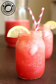 Watermelon Agua Fresca - A perfect drink for a hot, summer day | alimentageuse.com #drinks #beverages #fruit #vegan