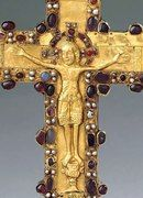 КРЕСТ Christian Mysticism, Christian Symbols, Cross Jewelry, Old Jewelry, Jewellery, Byzantine Gold, Religious Cross, Celtic Designs, Illuminated Letters