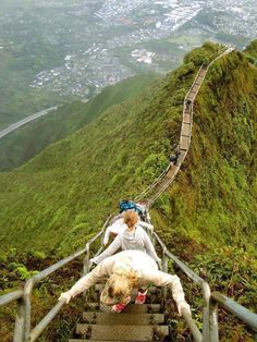Stairway to Heaven, Oahu, Hawaii. Adventure time.