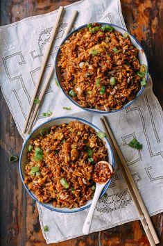 Supreme Soy Sauce Fried Rice - The Woks of Life Rice Recipes, Asian Recipes, Crockpot Recipes, Chicken Recipes, Cooking Recipes, Healthy Recipes, Ethnic Recipes, Chinese Recipes, Healthy Food