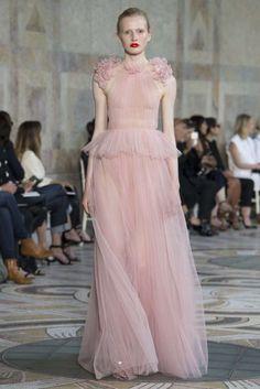 Collezione Giambattista Valli Couture Autunno-Inverno 2017-2018 - Long  dress rosa Giambattista Valli ea169152ee5