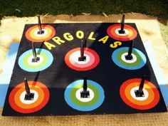 Brincadeira de argolas Party Planning, Little Ones, Washer Necklace, Toys, Birthday, Crafts, Parties, Exterior, Kids Playing