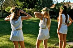 =D I know this is too late for Halloween, but I still thought you would like to know how to Tie a Toga! Toga Costume Diy, Diy Toga, Diy Halloween Costumes, Halloween 2017, Halloween Party, Costume Ideas, Halloween Costumes College Sorority, Halloween Costumes For College, Sorority Costumes