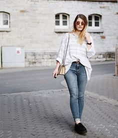 Get this look: http://lb.nu/look/8662033  More looks by Alyssa Sc: http://lb.nu/thisisaly  Items in this look:  Monki Denim Jeans, H&M Chain Bag, T.U.K. Footwear Creeper, Ray Ban Sunglasses, H&M Belt   #streetstyle #vintage #denim #fashion