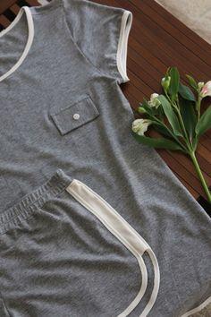 Pijama básico , lindo, confortável , um convite ao ócio , essa preguiça #sotemnajoge Basic pajama! Beautiful and confortable, perfect for lazy days!