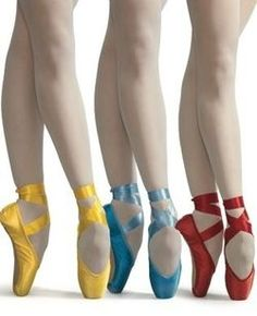 ballet in primary colors Dance Like No One Is Watching, Just Dance, Pointe Shoes, Ballet Shoes, Ballet Feet, Toe Shoes, Tiny Dancer, Ballet Beautiful, Dance Photos
