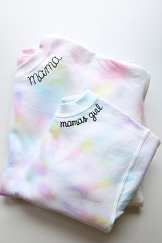 This custom embroidered sweatshirt is a perfect on-trend Mother's Day gift. Each sweatshirt is tie dyed and embroidered with a name along the crew neck. Kids Tie Dye, Kids Ties, Tie Dye Sweatshirt, Crew Neck Sweatshirt, Girlfriends Getaway, Bachelorette Gifts, Blue Tie Dye, Pastel Tie Dye, Custom Items