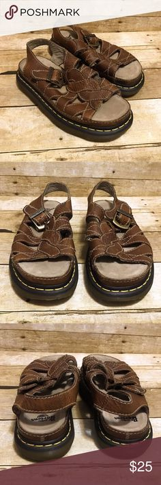 Dr Martens Womens 8 Brown Leather Open Toe Sandals Dr Martens Womens 8 Mens 7 Brown Leather Open Toe Sandals Gum Sole Air Cushion   Condition:  This item is in good pre-owned condition!   All items come from a smoke/ pet free environment. Dr. Martens Shoes Sandals