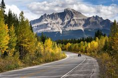 10 of Canada's Most Scenic Drives