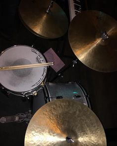 @zildjiancompany Keropes so tasty. Left the big boys home and used just the 18 & 20 with my 15 Hats.. @ccdrumco @candcdrumsaus @remopercussion #drumporn #ccdrums #ccdrumco #zildjian #remo @remopercussion #kerope #cymbalporn by shaun_havoc
