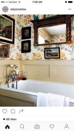 Sibyl Colefax Instagram bathroom