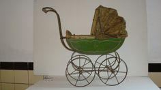 Kleine,antieke poppenwagen,ca 1900 - Diverza - powered by 123webshop.nl