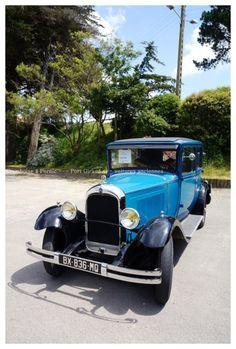 Voitures anciennes à Port Giraud ... C4 Citroën