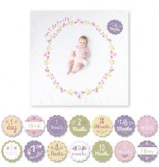"""Swaddle your little one and celebrate milestones with this Lulujo Baby """"Isn't She Lovely"""" Muslin Swaddle Blanket and Cards Set. The stylishly-designed blanket and cards make great photo props. The blanket also works for nursing, the stroller, and more. Muslin Blankets, Muslin Swaddle Blanket, Baby Blankets, Cadeau Bio, Fashion Design For Kids, Kids Fashion, Stroller Cover, Abc For Kids, Baby Growth"""