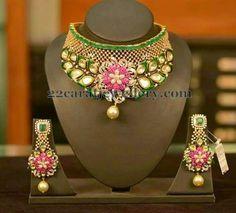 Jewellery Designs: Classic Rose Floral Kundan Set