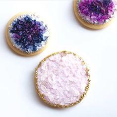 Geode cookies - crushing