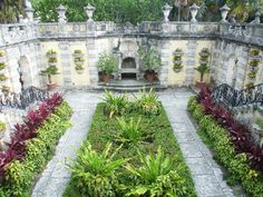 Exterior garden in Miami's Vizcaya mansion. Thank you Natalie for sharing such a beautiful place with me.