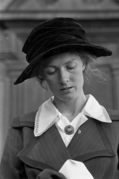 Vanessa Redgrave on the set of Oh! What a Lovely War, 1969