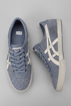 Always love Asics sportshoes Me Too Shoes, Men's Shoes, Shoe Boots, Shoes Sneakers, Dress Shoes, Tenis Casual, Casual Shoes, Nike Free Shoes, Nike Shoes