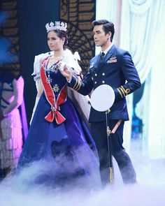 Perfect Couple, Beautiful Couple, Ulzzang Korean Girl, Prince And Princess, Celebrity Couples, Gossip Girl, Traditional Dresses, Cute Couples, Actors & Actresses