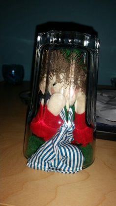 Elf on the shelf hiding