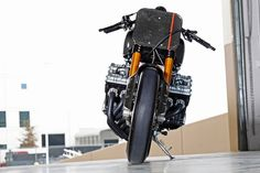 Honda CBX 1000 Cafe Racer Power Six Carbon - Photo by CycleWorld #motorcycles #caferacer #motos   caferacerpasion.com