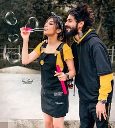 Love Couple Images, Couples Images, Cute Muslim Couples, Cute Couples, Girls Dp, Cute Girls, Couple Photoshoot Poses, Wedding Photoshoot, Floral Henna Designs