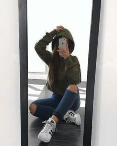 Find images and videos about girl, style and outfit on We Heart It - the app to get lost in what you love. Girl Photo Poses, Girl Photography Poses, Tumblr Photography, Picture Poses, Girl Photos, Photography Names, Dslr Photography, Fashion Photography, Selfie Poses