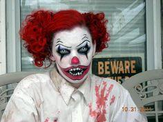 Killer clown #Halloween
