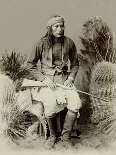 As a medicine man, Geronimo acted as a teacher for hereditary Chief Naiche.  Naiche had three wives and 15 children. Nadeyole, was Naiche's oldest wife. Nadeyole died on 24-12-1896, while a prisoner of war at Fort Sill, Oklahoma. Naiche's second wife was E-clah-heh (1859-1909) who died at Fort Sill. She was related to Geronimo, which meant that Naiche felt closely bound to Geronimo as head of his wife's kin. Her daughter was Dorothy (1876-1946).