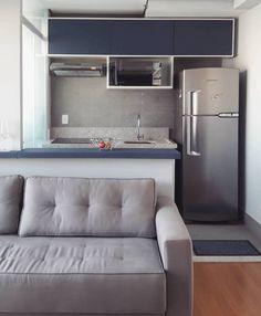Cozinha americana simples: 70 ideias lindas que vão além do básico Condo Design, Home Room Design, Apartment Design, Apartment Living, House Design, Interior Design, Open Plan Kitchen Living Room, Home Decor Kitchen, Home Decor Furniture
