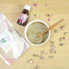 Ce soir je me fais un masque simple 2en1 pour le visage et les cheveux. Très rapide à faire 2 ingrédients suffisent : Poudre de GUIMAUVE et huile de NIGELLE. L'huile de NIGELLE purifie, connue pour...