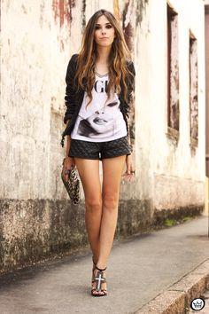 http://fashioncoolture.com.br/2013/01/24/look-du-jour-vogue/