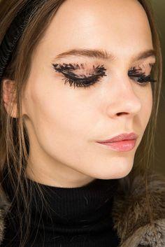 Black Eyeliner Looks, Fendi, Rochas - Fall 2015