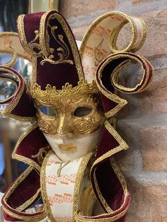 Venice Shopping, Venice Carnival Costumes, Iron Wire, Halloween Doll, Venetian Masks, Acrylic Colors, Mask Making, Paper Weights, Gold Leaf